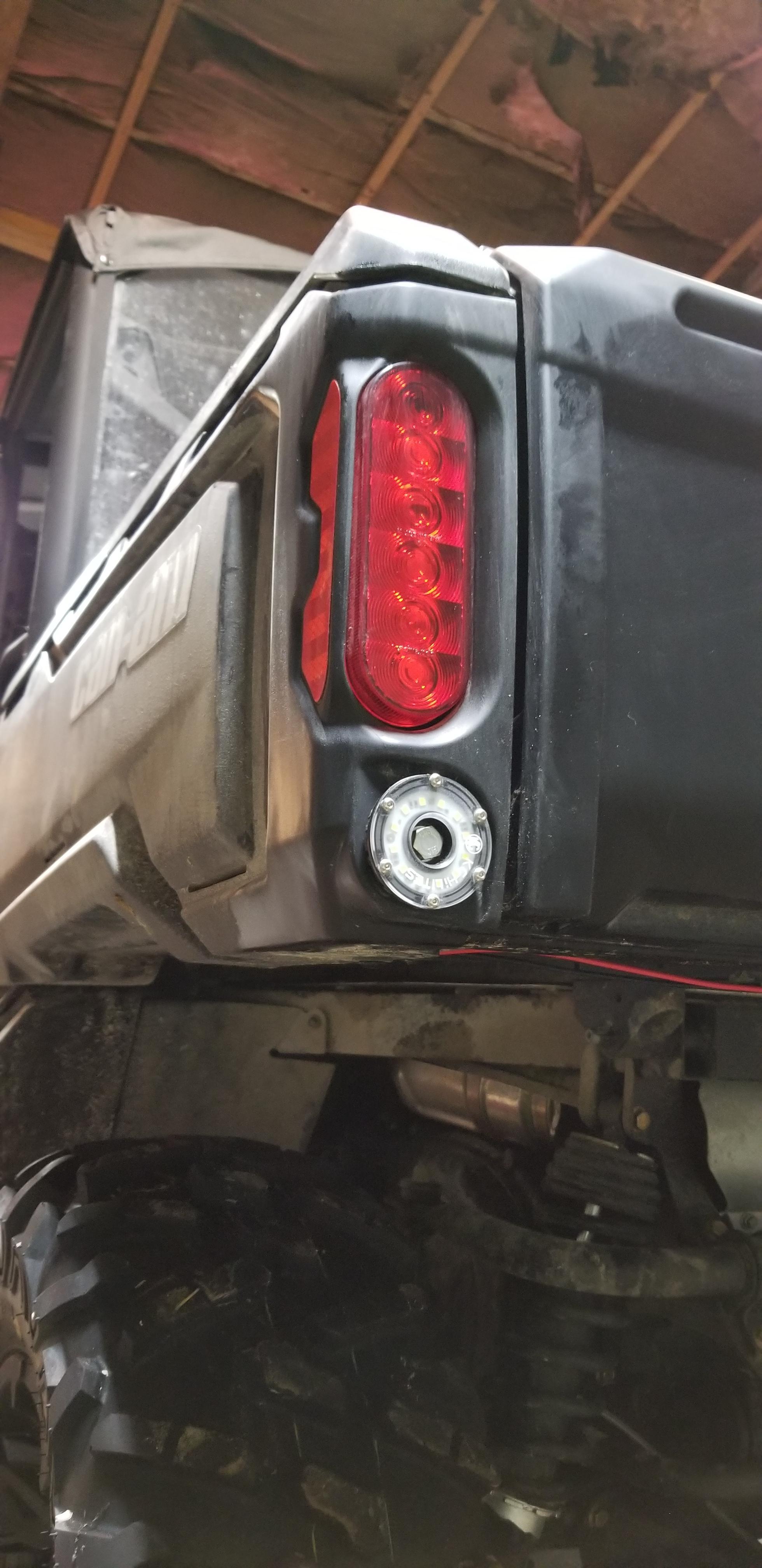 Defender reverse lights-20190117_183931_1547784244346.jpg