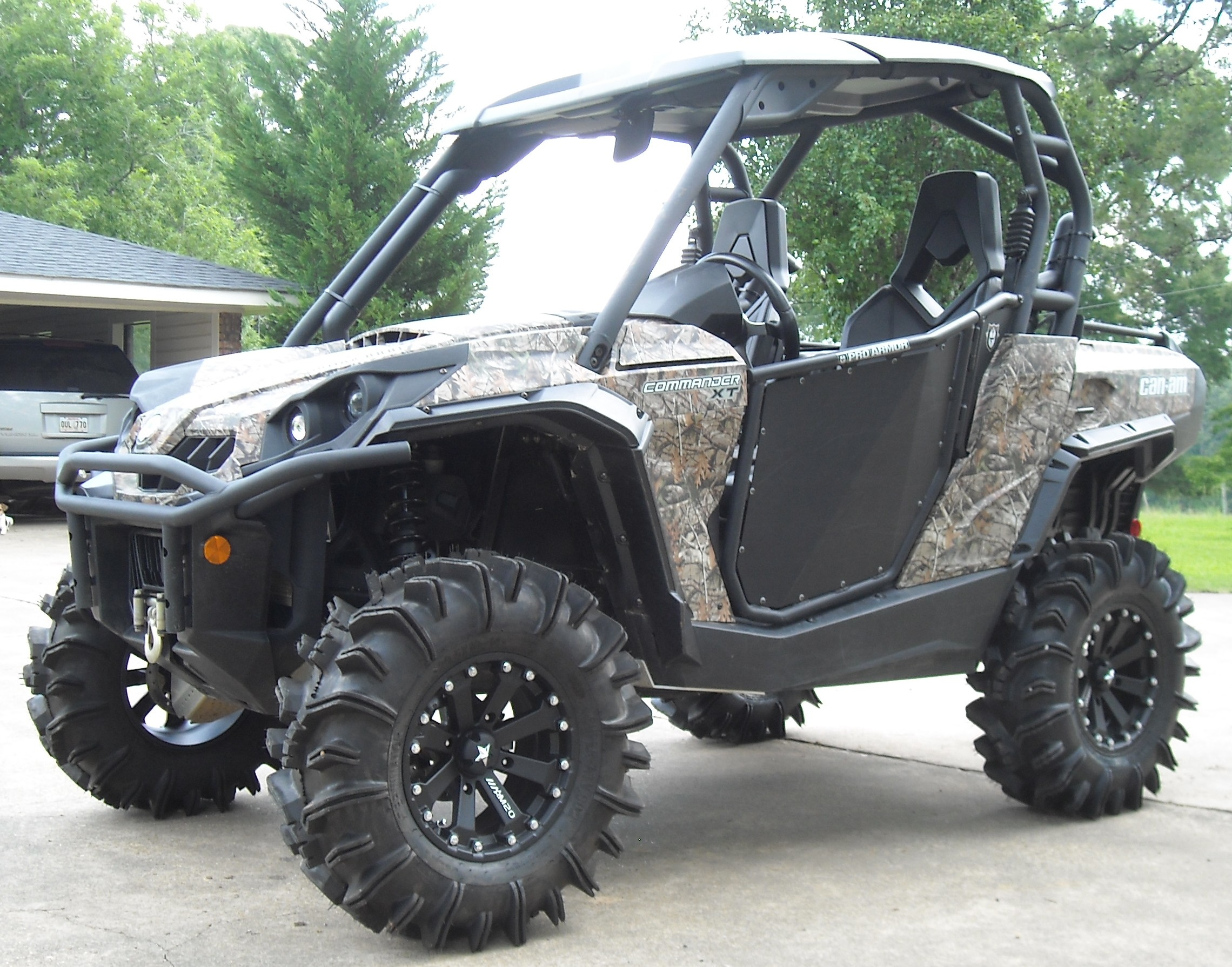 2012 camo commander 1000xt w halo front diff locker. Black Bedroom Furniture Sets. Home Design Ideas