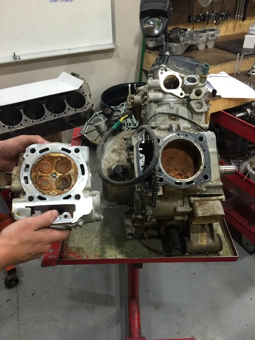 Sunk can-am engine inside look! - Can-Am Commander Forum